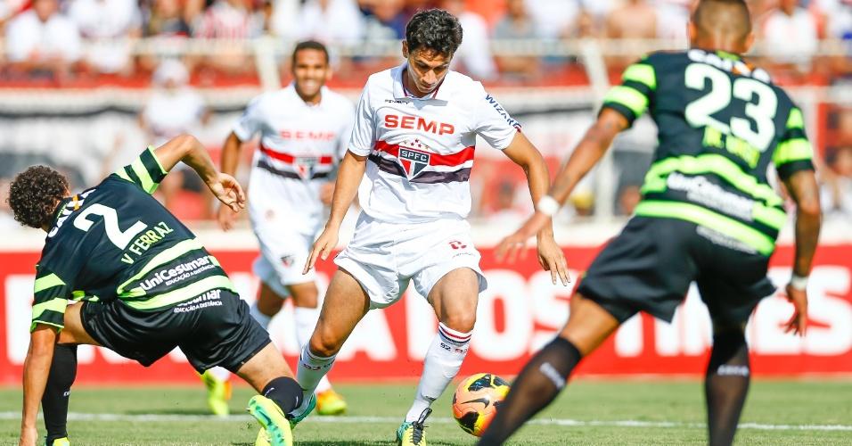 Ganso, em duelo do São Paulo contra o Coritiba, jogo disputado em Itu