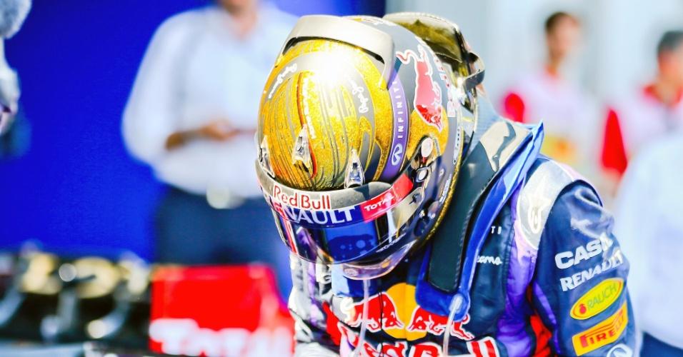 Capacete usado por Sebastian Vettel no GP da Alemanha de 2013 foi leiloado por R$ 275 mil na Inglaterra