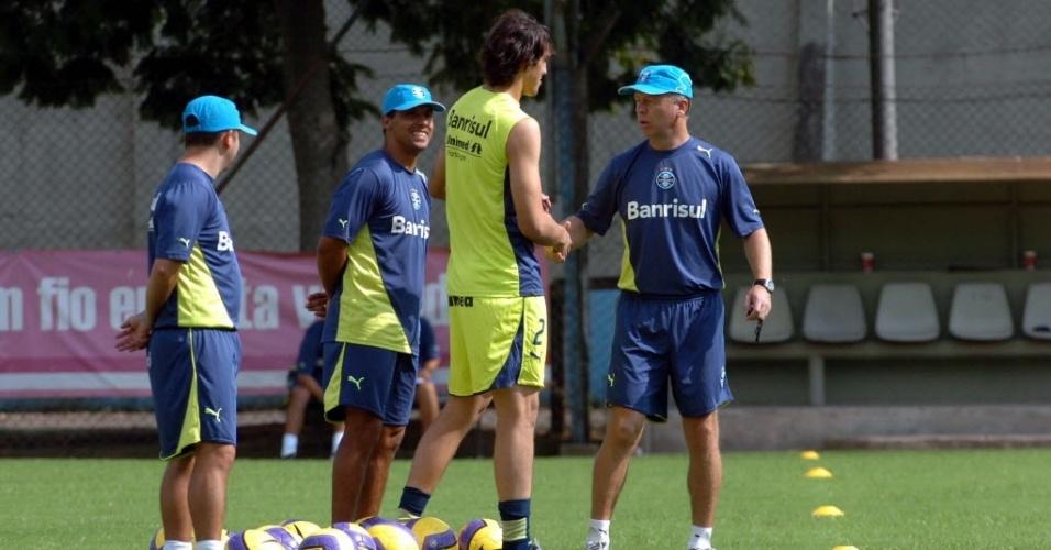 Mano Menezes e Cássio trabalharam juntos no Grêmio por pouco tempo