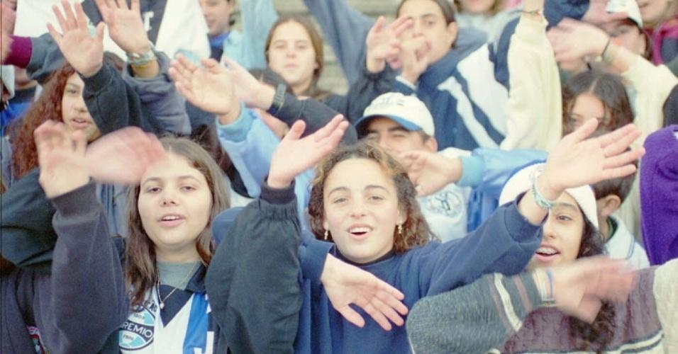 """O Grêmio foi rebaixado em 1991 e disputou a segunda divisão em 1992. Mas não ficou entre os classificados para a Série A no ano seguinte. Foi apenas o 11º. Mas a CBF fez uma modificação e decidiu subir 12 para a Série A. O Grêmio foi direto para um grupo de """"elite"""" que não tinha rebaixamento, enquanto outros clubes que ficaram à sua frente foram para módulos piores."""