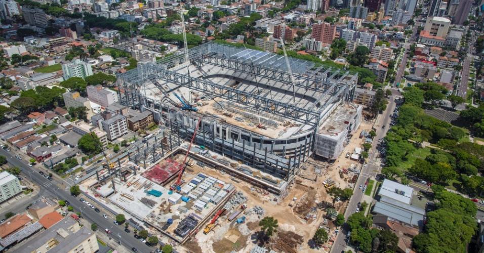13.12.2013 - Governo federal divulgou imagens da obra da Arena da Baixada, estádio de Curitiba para a Copa