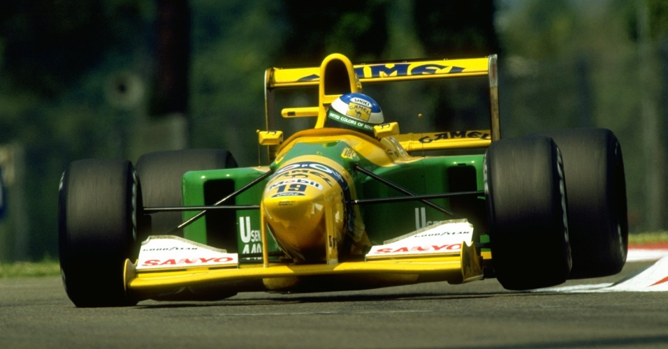 Michael Schumacher com a Benetton-Ford no GP de San Marino de 1992