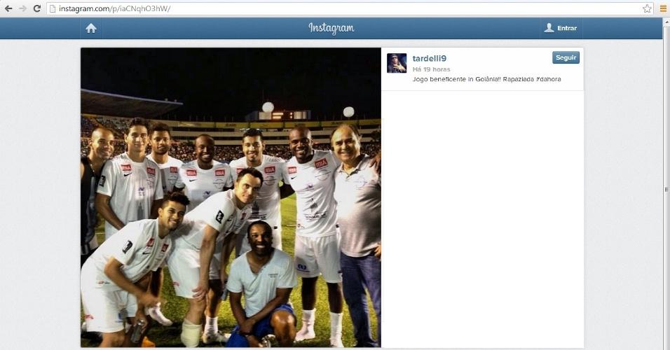 27 dez 2013 - Diego Tardelli participou de jogo beneficente em Goiânia e organiza seu evento em Florianópolis