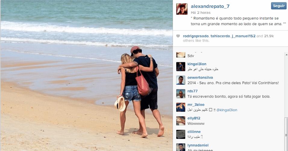 29.dez.2013 - Alexandre Pato mostra lado romântico e é ?cornetado? na internet