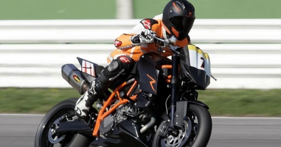 30. dez. 2013 - Michaek Schumacher durante competição de motorbike, em 2008