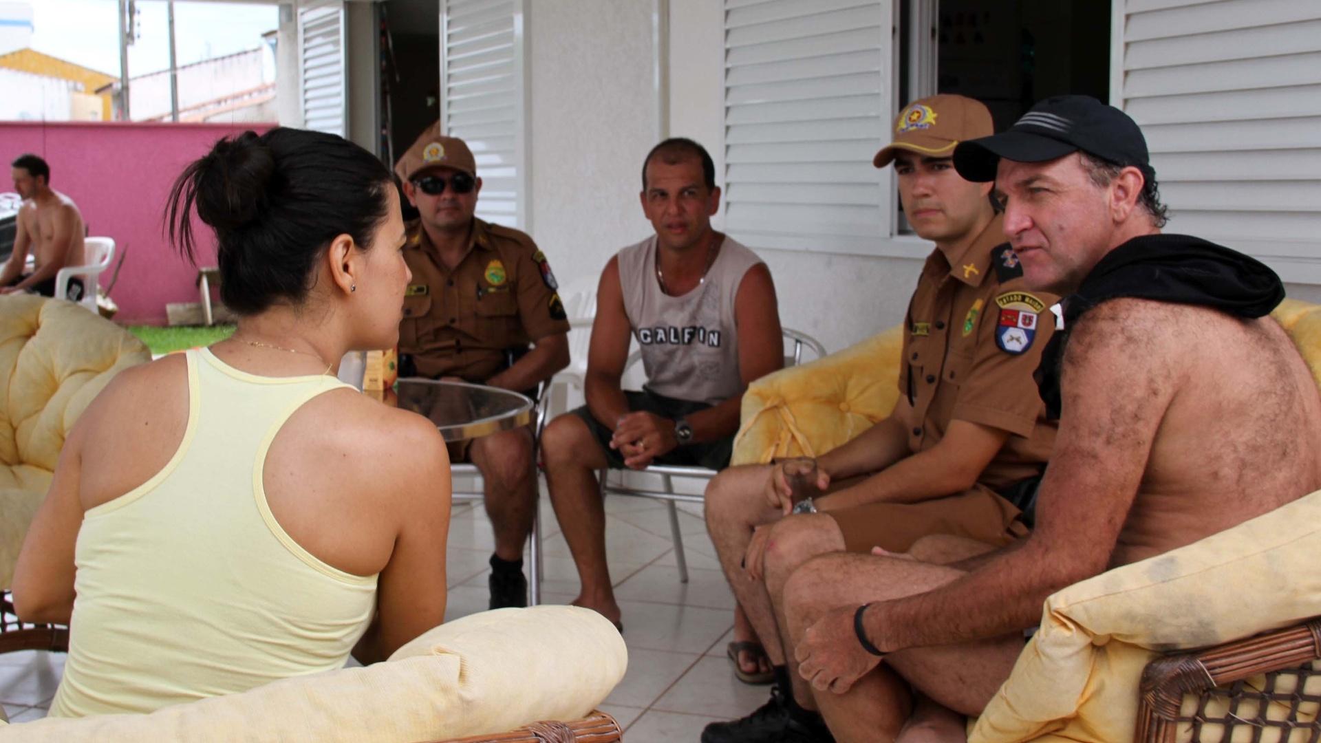 30.dez.2013 - Casa do técnico Cuca em Ipanema, balneário do litoral do Paraná, foi invadida por 26 pessoas no último sábado