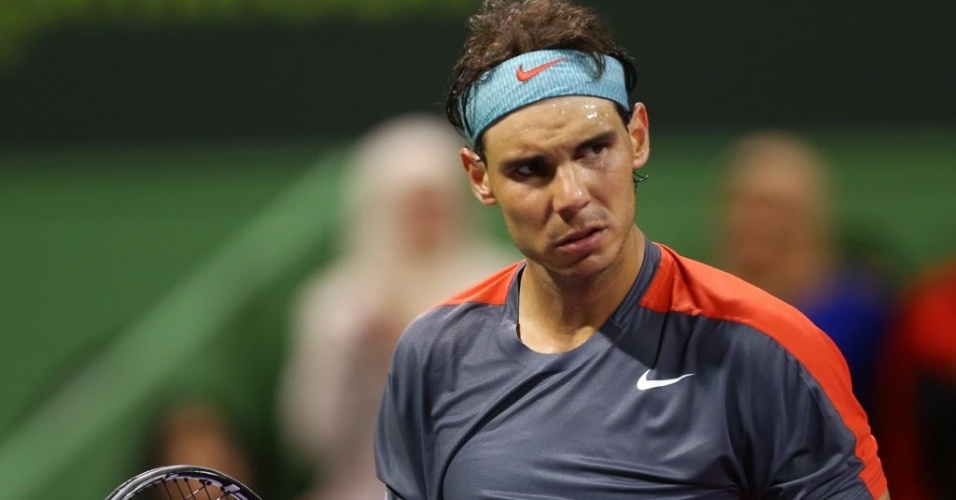 Rafael Nadal comemora ponto sobre o alemão Tobias Kamke no torneio de Doha