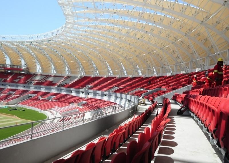 Reforma do estádio Beira-Rio chega na reta final e 98% das cadeiras já foram instaladas (27/12/2013)