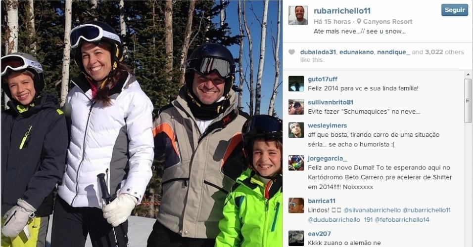Rubens Barrichello posta foto esquiando com a família, e seguidores lembram acidente de Schumacher