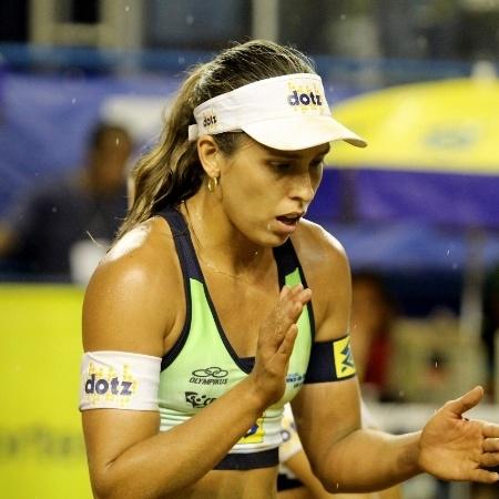 Lili Maestrini, do vôlei de praia, é casada com Larissa, bronze na modalidade em Londres-2012