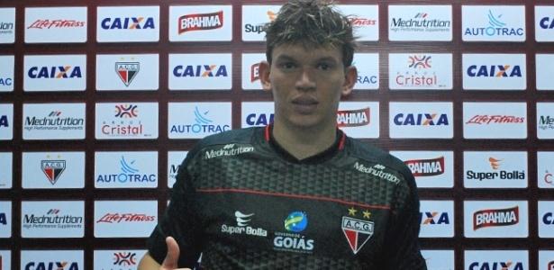 Junior Viçosa fez o gol da vitória do Atlético-GO diante do Anapolina