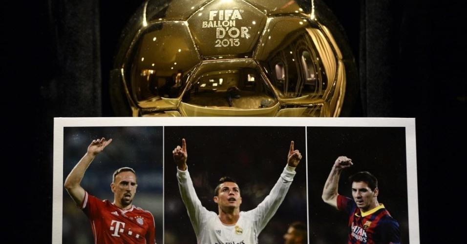 13.jan.2014 - Franck Ribéry, Cristiano Ronaldo e Lionel Messi são os concorrentes ao prêmio Bola de Ouro da Fifa de melhor jogador do mundo em 2013
