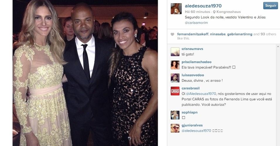 Fernanda Lima trocou de vestido para festa da Bola de Ouro