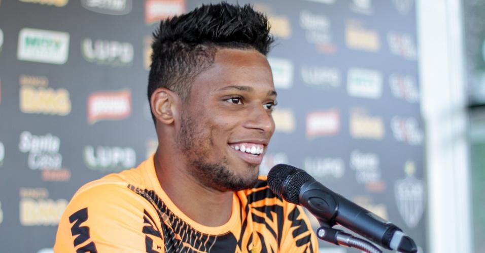 André concede primeira entrevista coletiva no Atlético-MG em 2014 (14/01/2014)