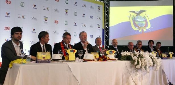 Autoridades de Viamão, Porto Alegre e do Estado estiveram presentes na assinatura do convênio