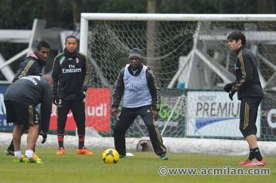16. jan. 2014 - Agora como técnico do Milan, Seedorf comanda o primeiro treinamento da equipe