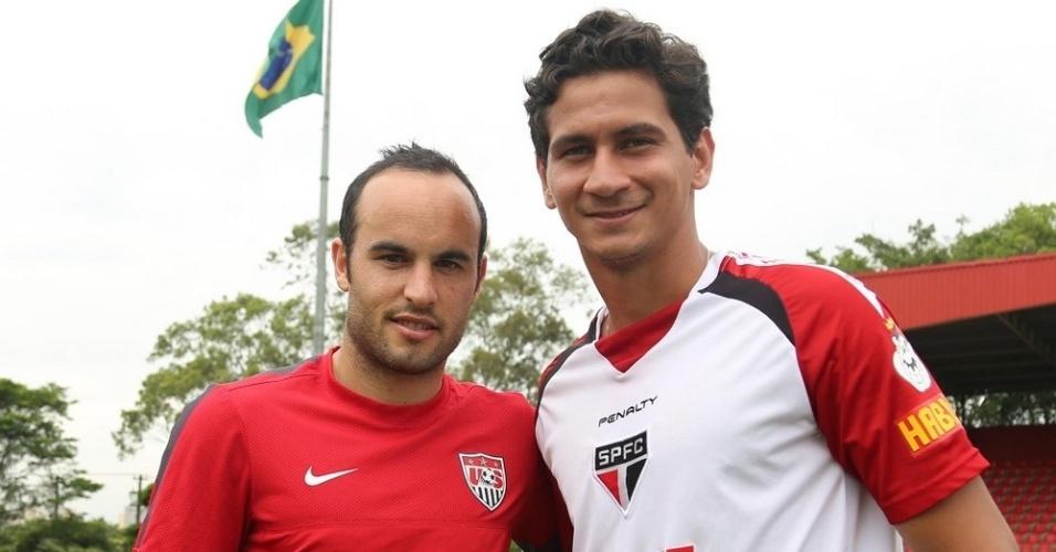 16.01.14 - Donovan e Ganso durante jogo-treino do São Paulo com a seleção dos EUA