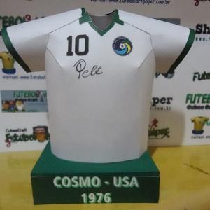 b6af27c34c525 Fã de futebol faz camisas de papel de times históricos e mostra na  internet. Veja miniaturas de papel de camisas históricas. +8. +6