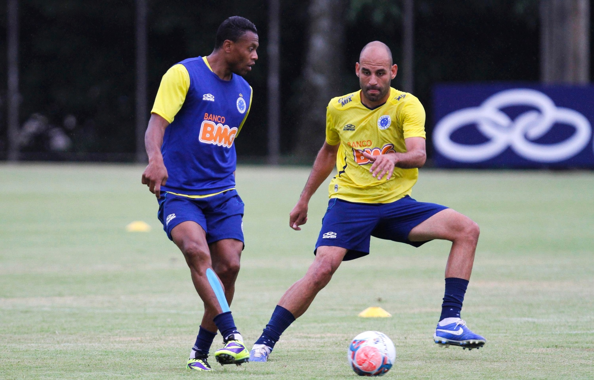 Cruzeiro ajusta nova numeração fixa em função de exigência da Libertadores  - 23 01 2014 - UOL Esporte 631d205e88f96