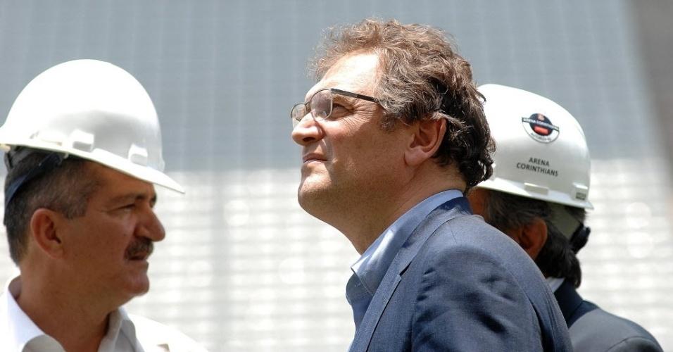 20. jan. 2014 - Ao lado do Ministro do Esporte, Aldo Rebelo, Jerome Valcke faz vistoria no Itaquerão