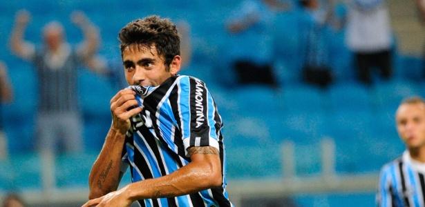 Leandro Canhoto volta de empréstimo e ainda tem contrato longo com o Grêmio