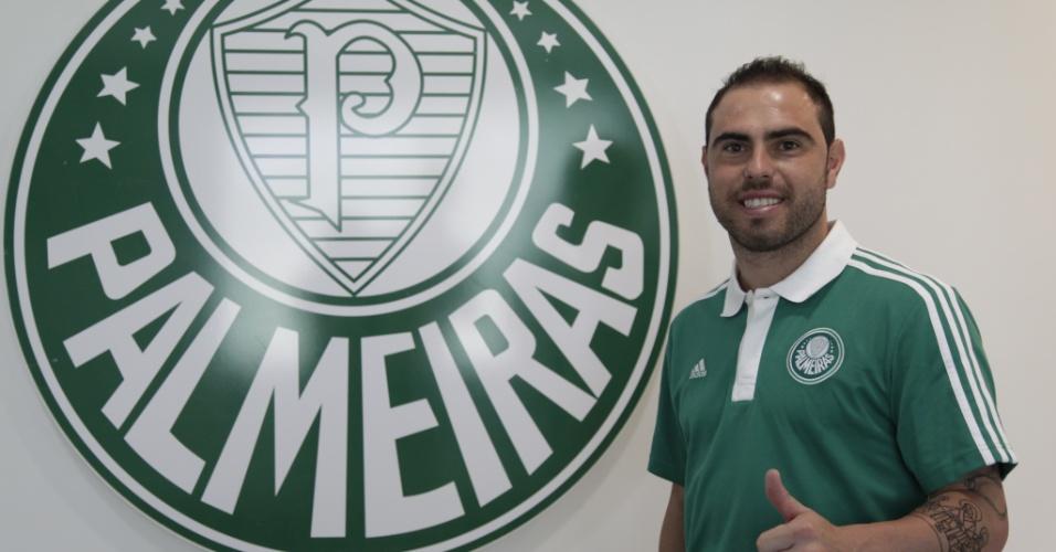 24.jan.2014 - Bruno César é apresentado como reforço do Palmeiras