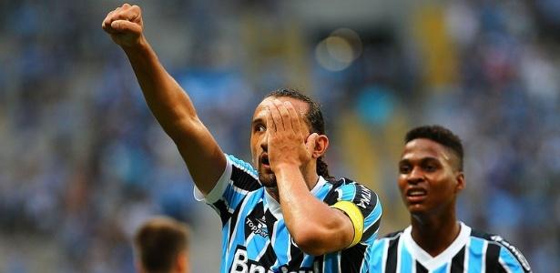 Barcos em ação pelo Grêmio em 2014; atacante está de volta ao Brasil