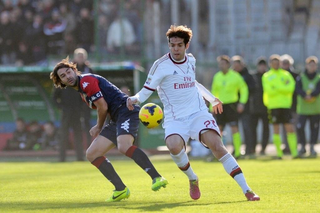 26jan2014 - Kaká foi titular na vitória do Milan sobre o Cagliari pelo Campeonato Italiano