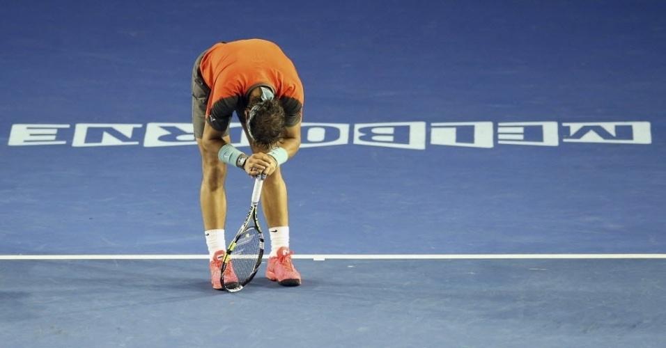Rafael Nadal sente dores nas costas durante final do Aberto da Austrália contra Wawrinka