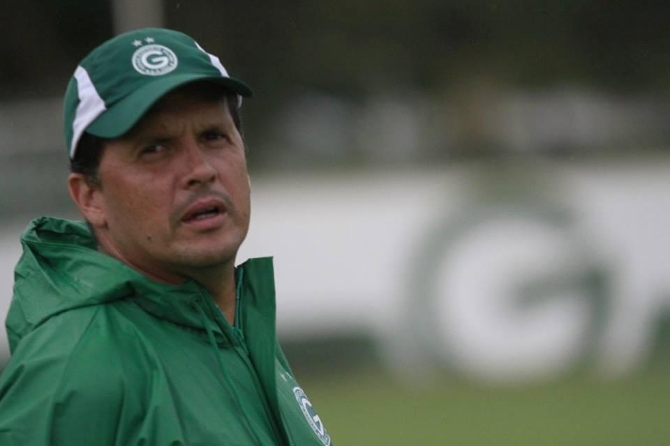 Claudinei Oliveira, técnico do Goiás