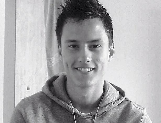 Daniel Deitos, 16, era goleiro titular do Joaçaba-SC e morreu afogado no rio Saudades, em Santa Catarina