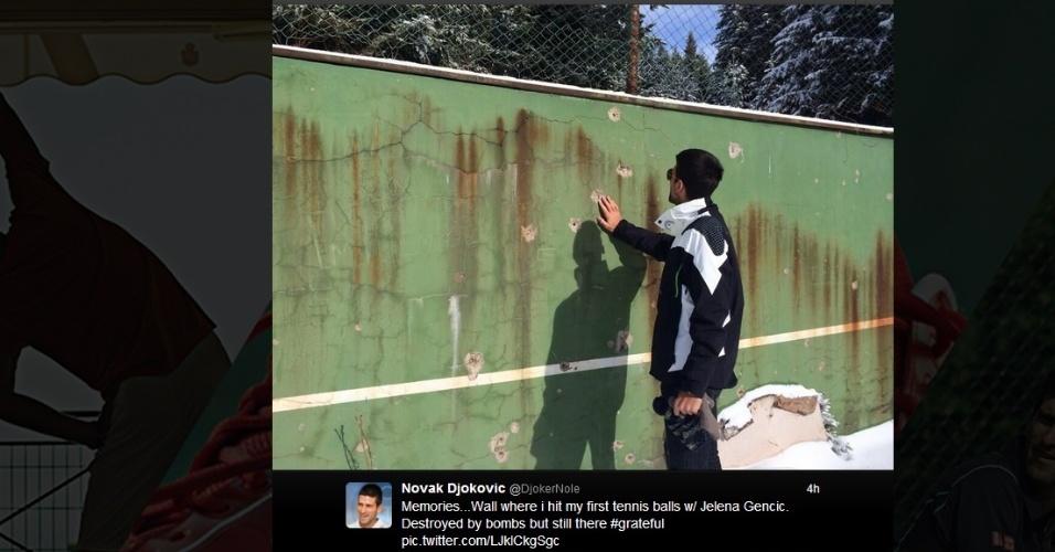 Djokovic lembra de infância na guerra ao visitar local onde começou a jogar tênis
