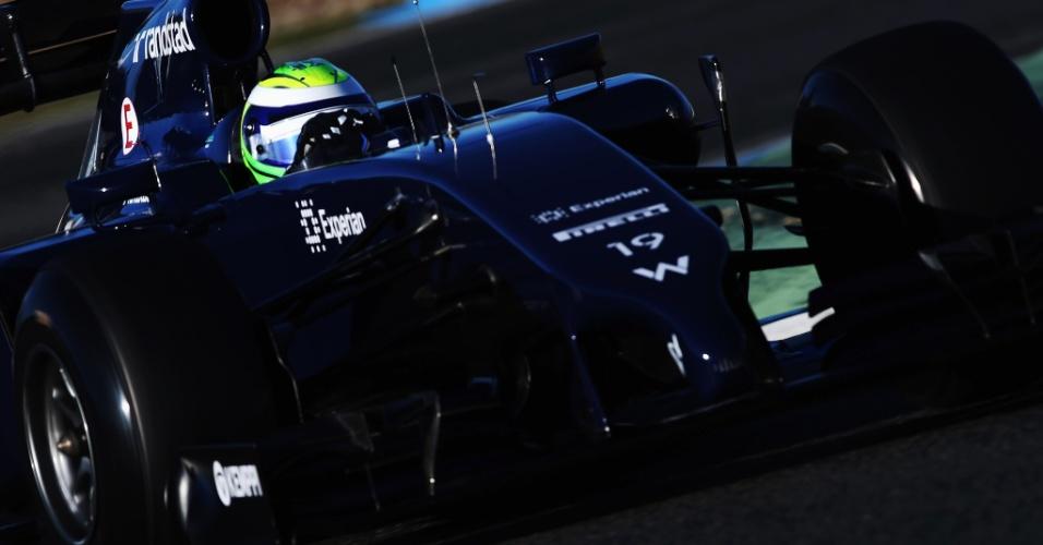 30.jan.2014 - Felipe Massa dá primeiras voltas na pista de Jerez com o novo carro da Williams