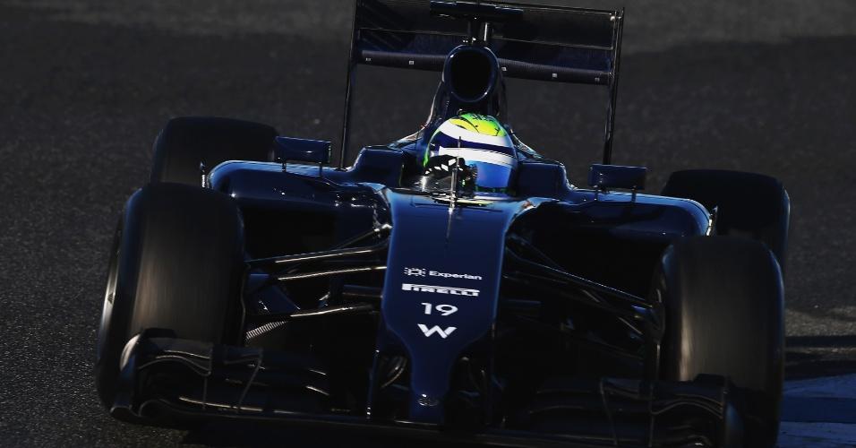 30.jan.2014 - O carro da Williams guiado por Felipe Massa ainda não tem patrocínio master e a pintura é predominantemente azul
