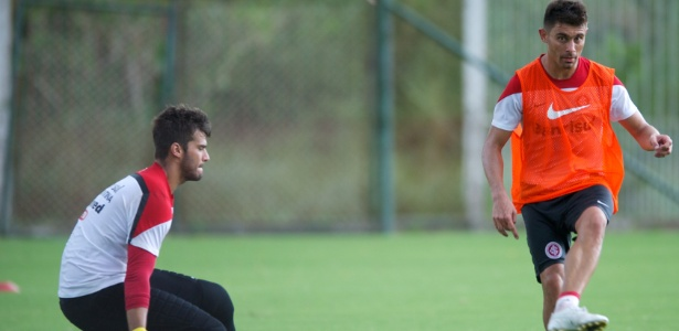 Alisson, Alex e Paulão formam grupo que lidera elenco do Inter em 2016 - Alexandre Lops/Divulgação Inter