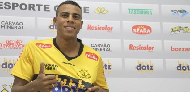 Gustavo, atacante do Criciúma, tem nove gols e é vice-artilheiro da série B