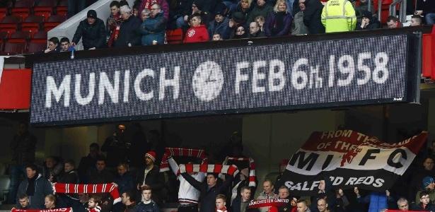 Acidente com a delegação do Manchester United matou 23 pessoas