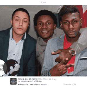 Joseph Minala (centro), meia de 17 anos da Lazio - Reprodução/Twitter/@MarieMbjm
