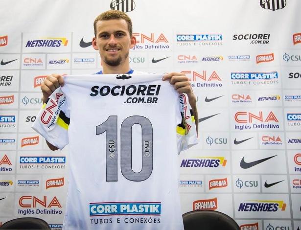 Lucas Lima chegou ao Santos depois de ser oferecido para o Palmeiras