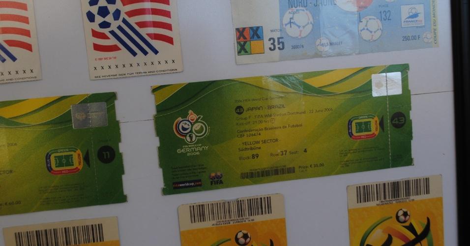 Alguns ingressos, como os da Copa da Alemanha, os veteranos ganharam do amigo Oscar Bernardi, ex-zagueiro da Seleção Brasileira nas Copas de 1978, 1982 e 1986