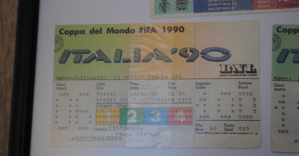 Na Itália, em 1990, o grupo comprou ingressos para ver os três jogos do Brasil na primeira fase por US$ 110