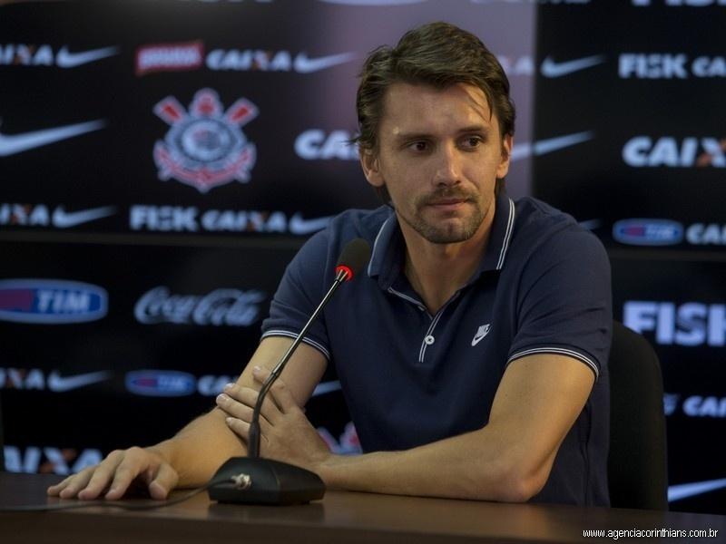12.02.2014 - Paulo André, zagueiro do Corinthians, em sua entrevista coletiva de despedida