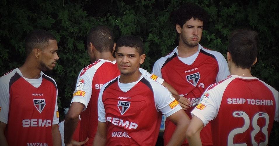 Apesar de começar os trabalhos no São Paulo, ele está impedido de jogar o Paulistão por ter feito 5 partidas pelo Corinthians