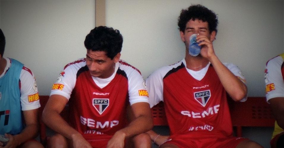 Após a atividade, Pato ficou próximo de Paulo Henrique Ganso, com quem atuou pela seleção brasileira