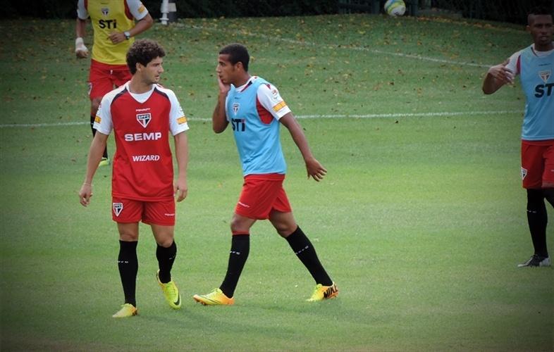 Pato mostrou a técnica acima da média que se conhece e se espera no primeiro treino aberto no São Paulo