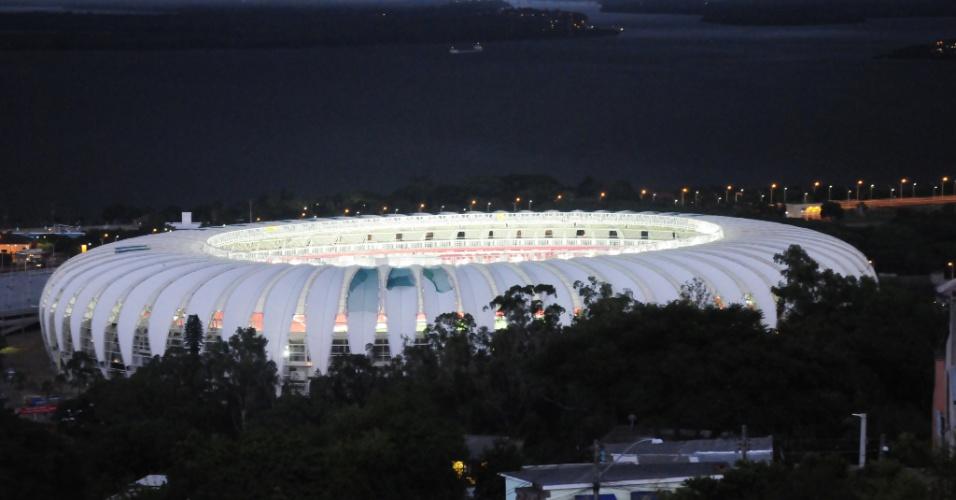 Primeiro teste do novo sistema de iluminação do Beira-Rio