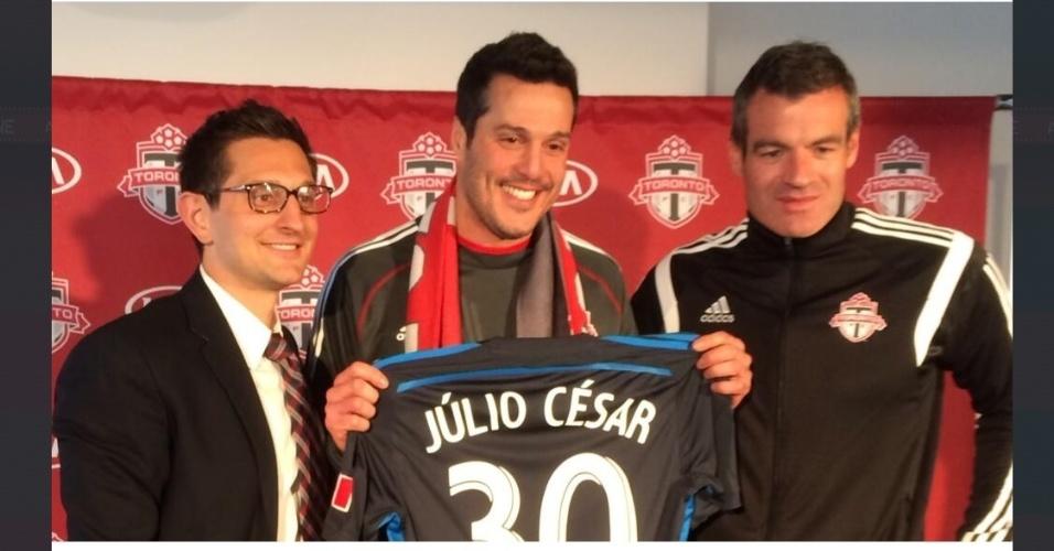 Goleiro Julio Cesar é apresentado como jogador do Toronto FC. jogador vestirá a camisa número 30
