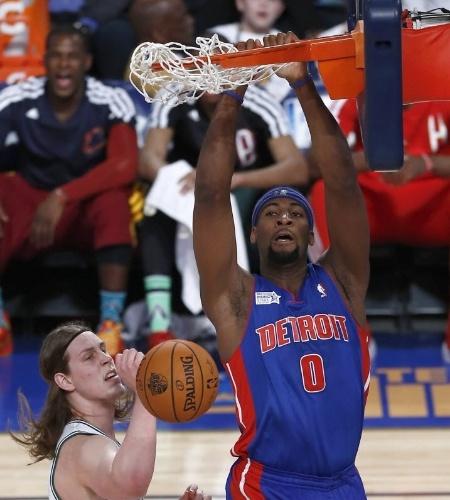 14.fev.2014 - Andre Drummond, pivô do Detroit Pistons, foi eleito o MVP do jogo dos novatos da NBA ao anotar 30 pontos e pegar 25 rebotes
