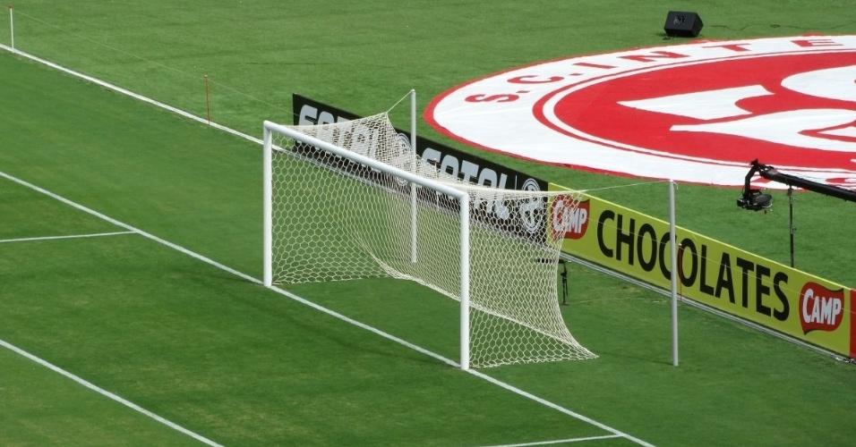 16.fev.2014 - Gol do Beira-Rio abandona antigo formato da rede em evento-teste