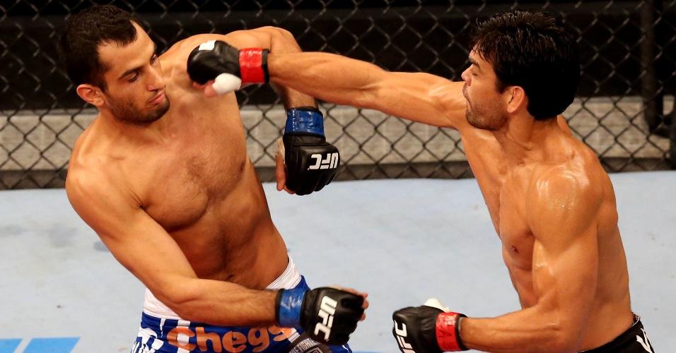 16.fev.2014 - Lyoto Machida dominou Gegard Mousasi e venceu o iraniano por decisão unânime na luta principal do UFC Jaraguá
